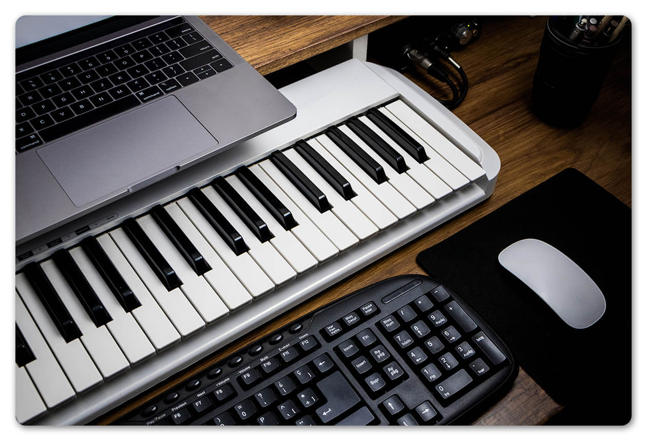 keyboard recording studio
