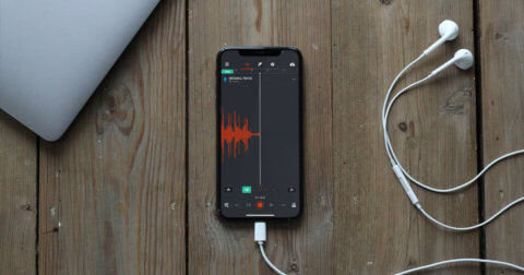 How to record vocals on your mobile phone iphone with earphones BandLab